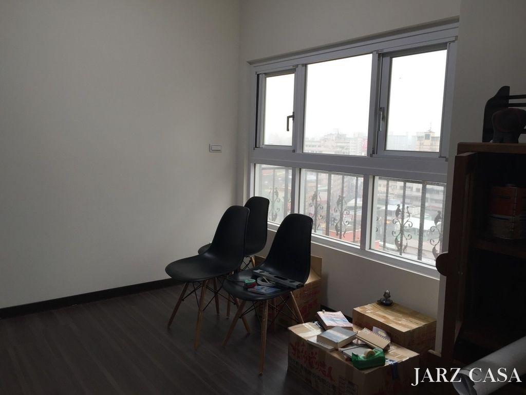 JARZ002.JPG