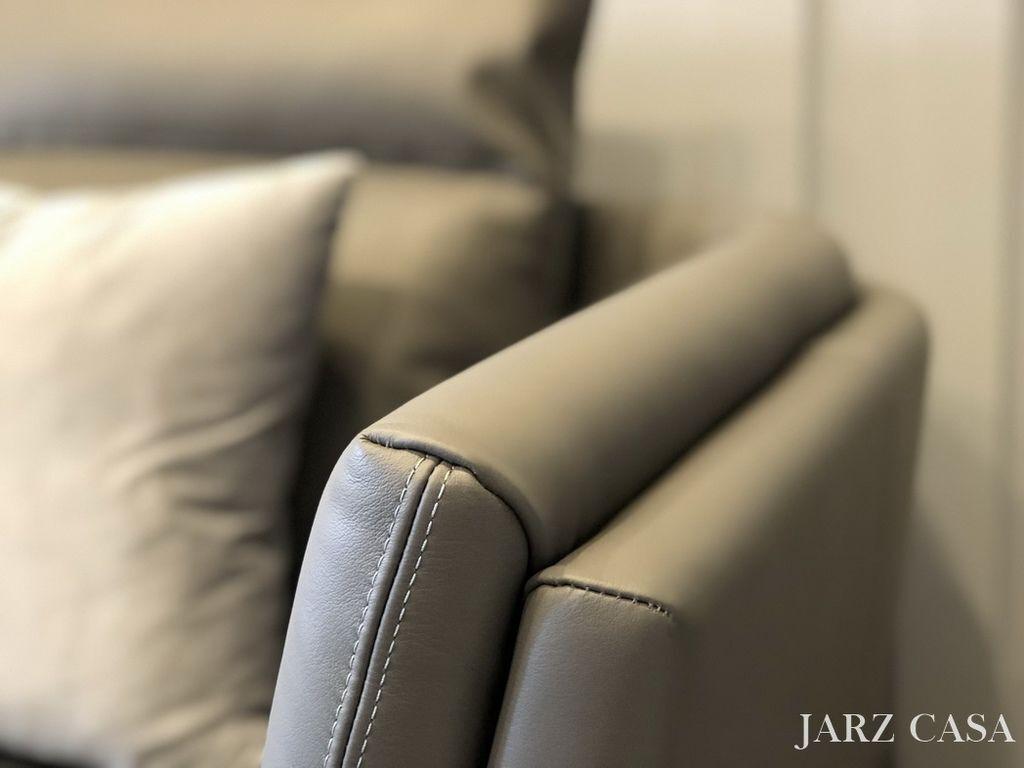 JARZ-014.jpeg