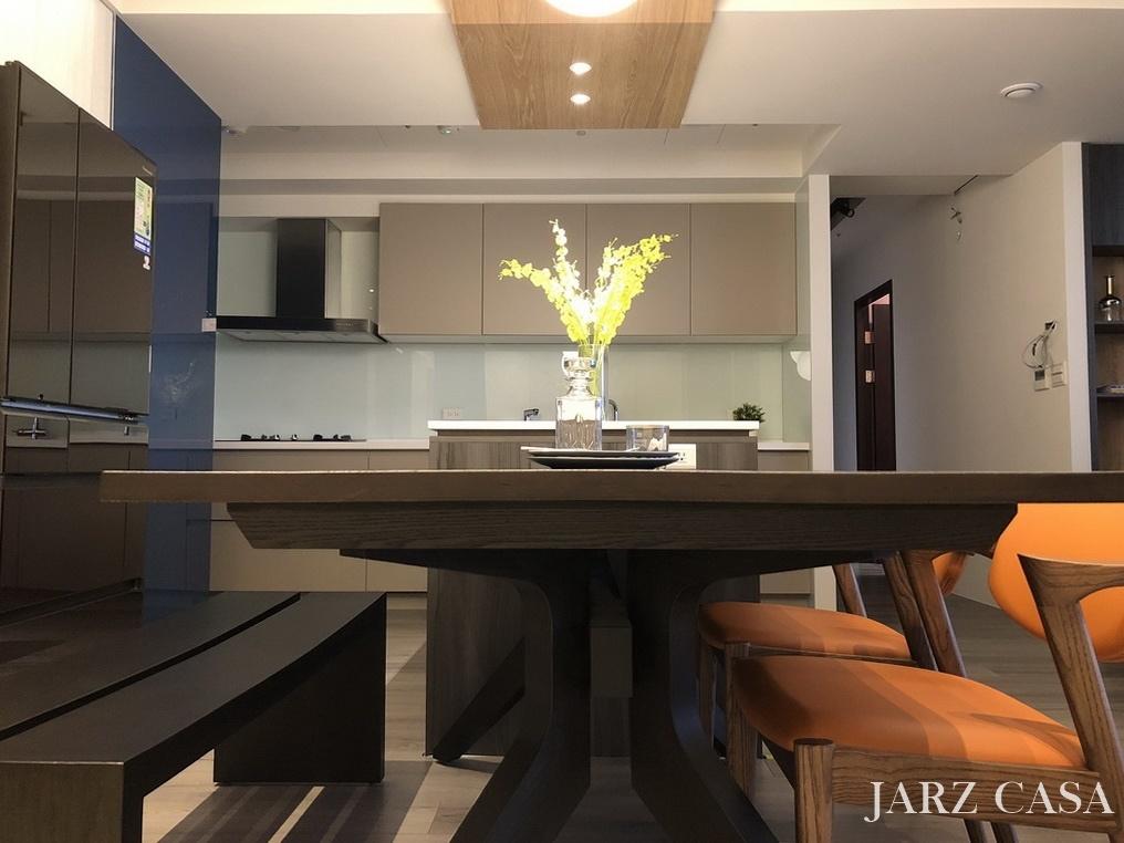 JARZ-045.jpg
