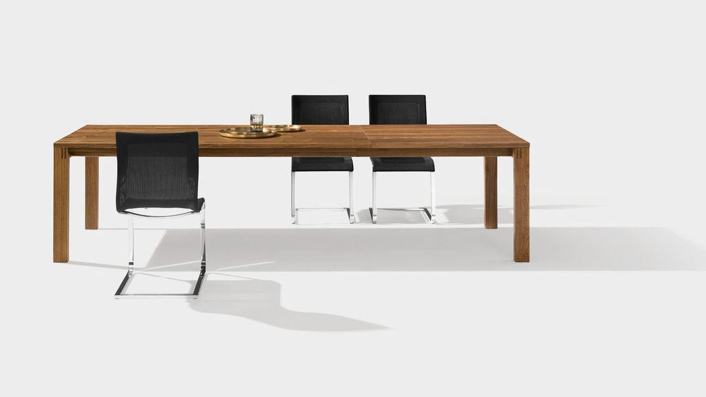 csm_dining-table-solid-wood-magnum-team7_9359833857.jpg