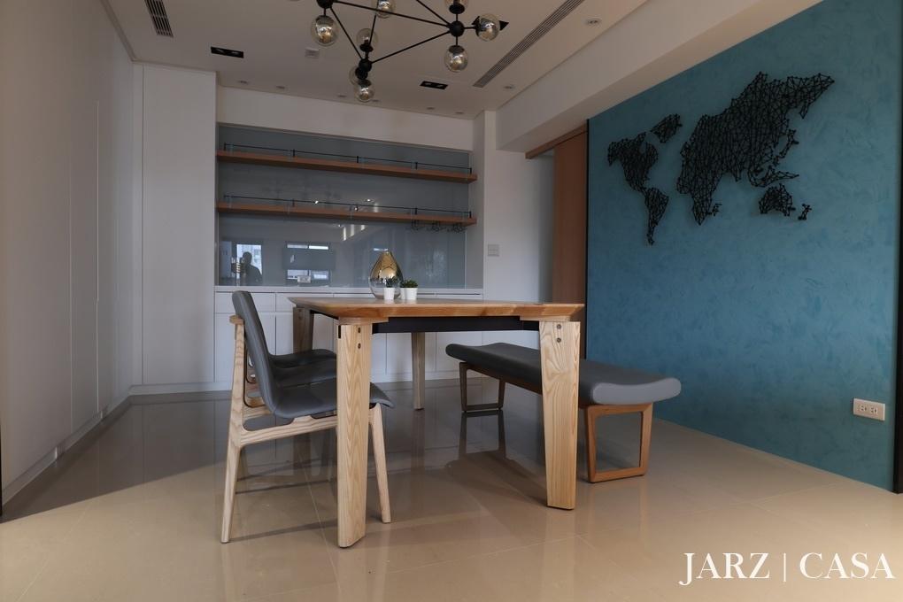 JARZ048.JPG