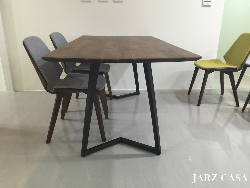 JARZ-傢俬工坊-016Minotti.JPG