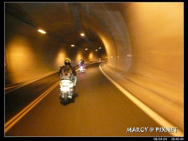 隧道還不錯,應該是新的