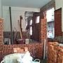 施工中-一樓前廳內縮的牆