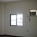 施工前-二樓後房間