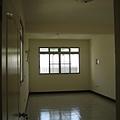 施工前-三樓前房間