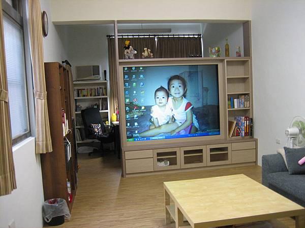客廳-完工後(80吋電視牆)