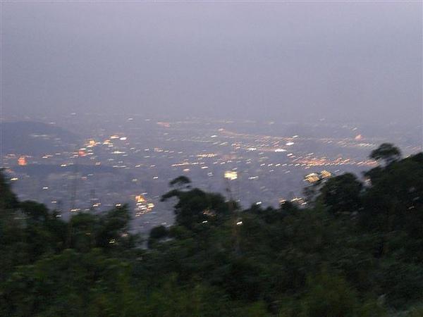 陽明山屋頂上 (33).JPG