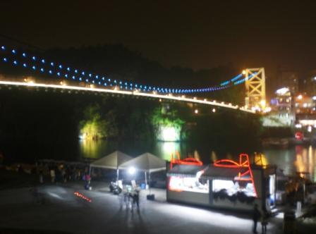 碧潭橋夜景