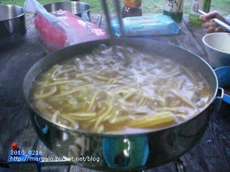 吃完壽喜燒湯汁煮麵讚!