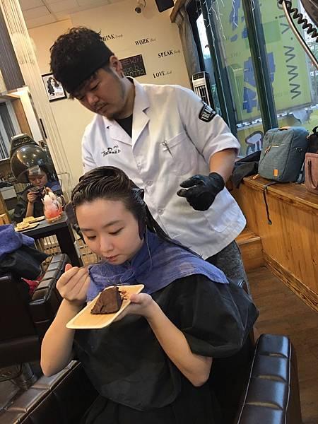 Maison b.米頌貝染髮燙髮10.JPG