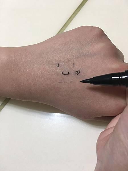 KATE 密影氣墊眼線筆_3D明暗雙色腮紅8.JPG
