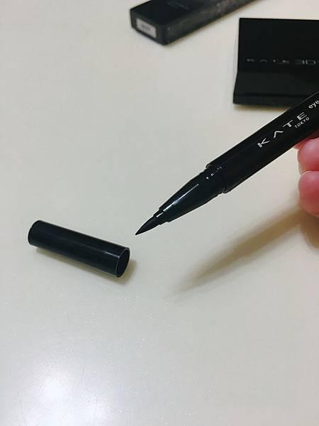 KATE 密影氣墊眼線筆_3D明暗雙色腮紅7.JPG