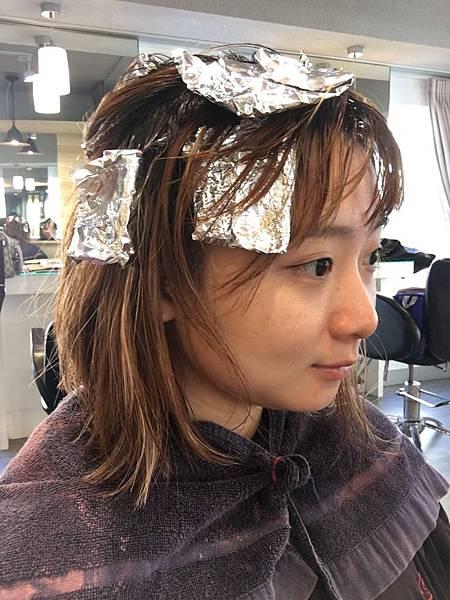 燙染護髮推薦-設計師Joy3.JPG