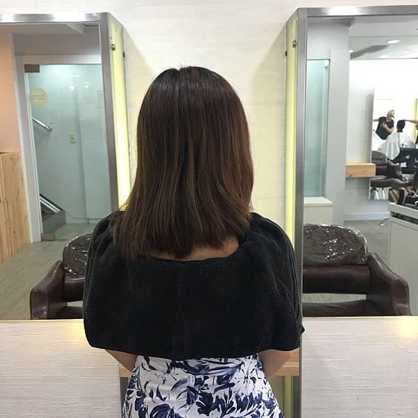 結構式護髮 - A'mour hair salon信義店7.JPG