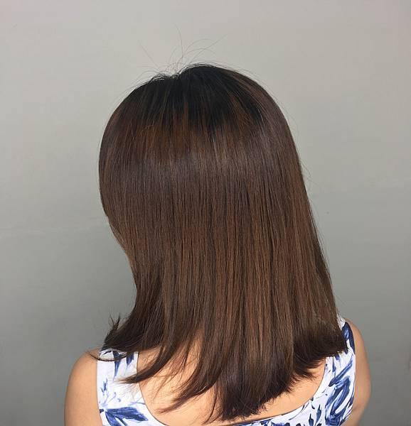 結構式護髮 - A'mour hair salon信義店2.JPG