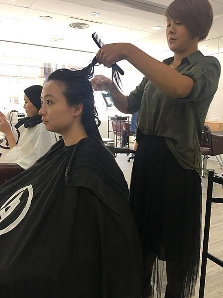 結構式護髮 - A'mour hair salon信義店8.JPG