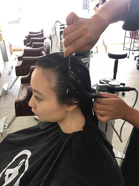 結構式護髮 - A'mour hair salon信義店15.JPG