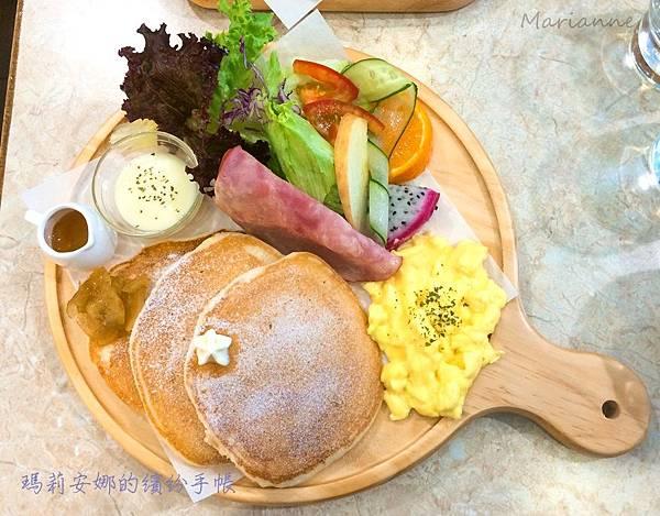 南屯 Cafe Hello 早午餐 (30).JPG