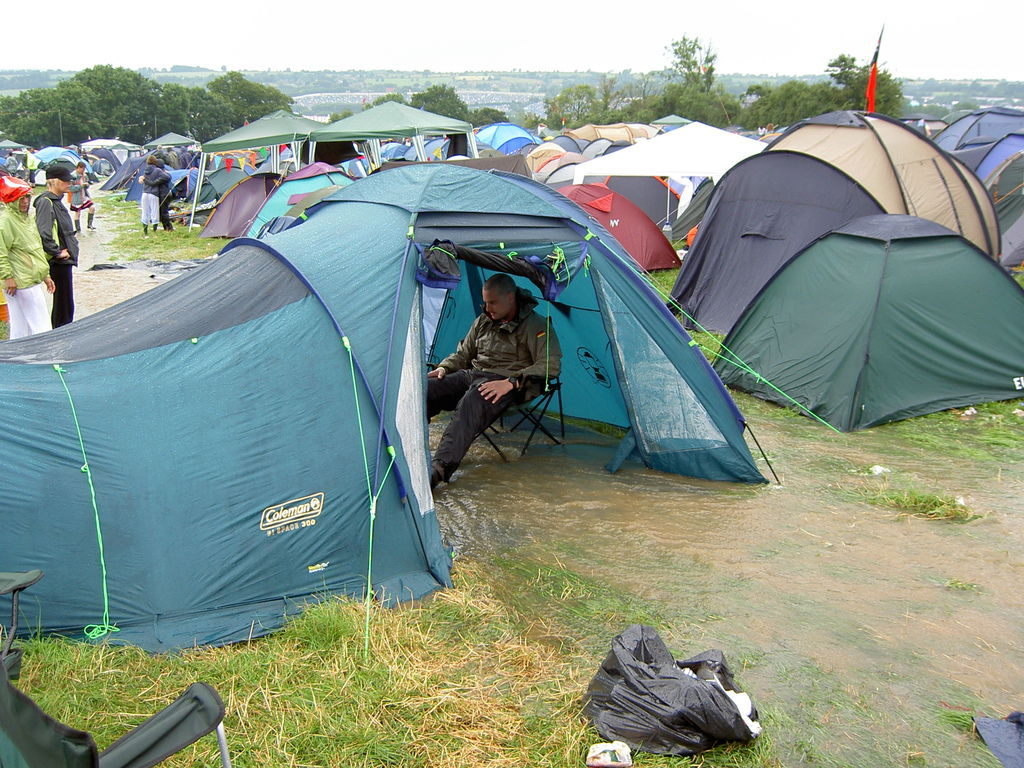 File-Glastonbury.jpg