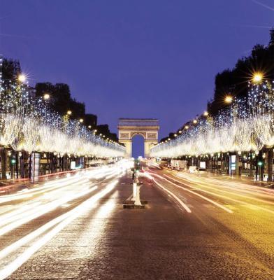 120409-les-illuminations-de-noel-des-champs-elysees-2014-avec-omar-sy