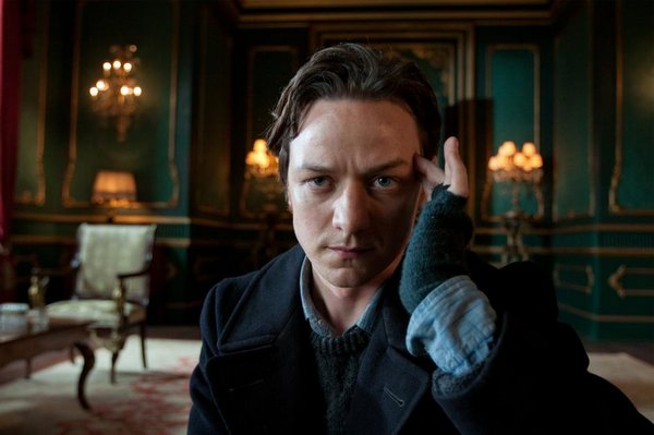 X教授(Professor Charles Xavier)- James McAvoy