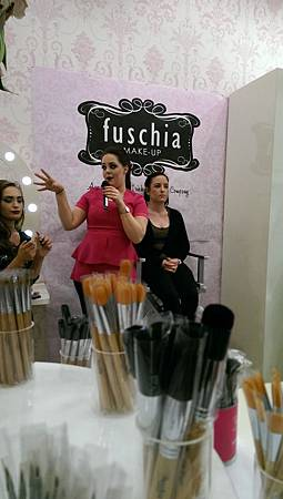20140412fuschia make up @Suzanne Jackson