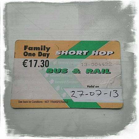 familyrailbus.jpg