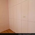 主臥衛浴簡易隱藏門