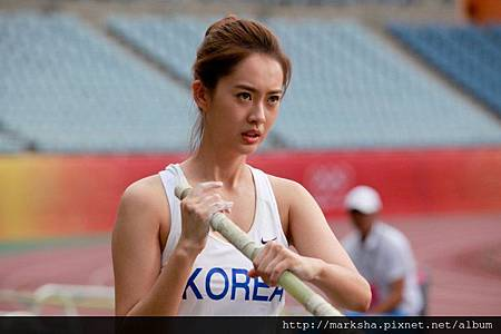 Ara-Goh-in-Pacemaker-2011-Movie-Image-4