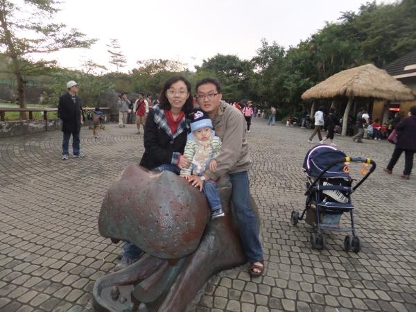 2011_1203_mark_091.jpg