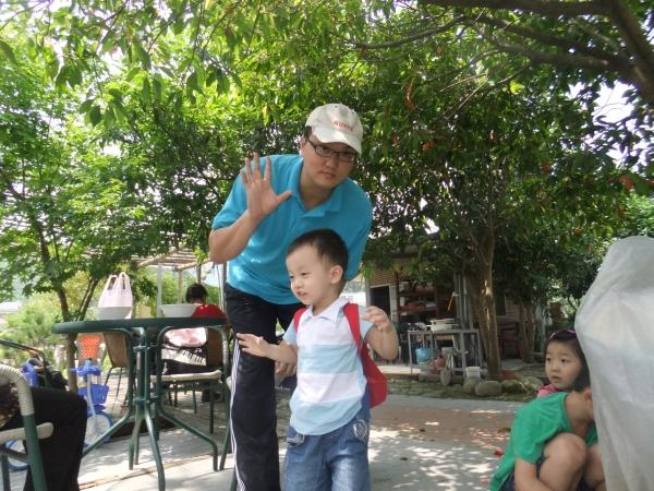 2012_0505_mark_039
