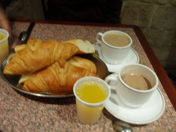 七天都一樣的早餐.JPG