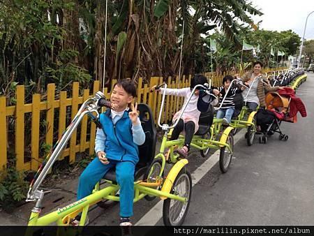 毛毛蟲腳踏車
