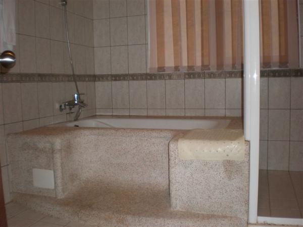 晶園度假村浴室.JPG