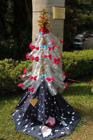 保特瓶聖誕樹.JPG