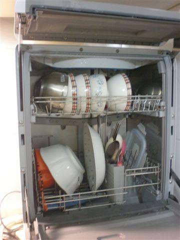 洗碗機內部.JPG