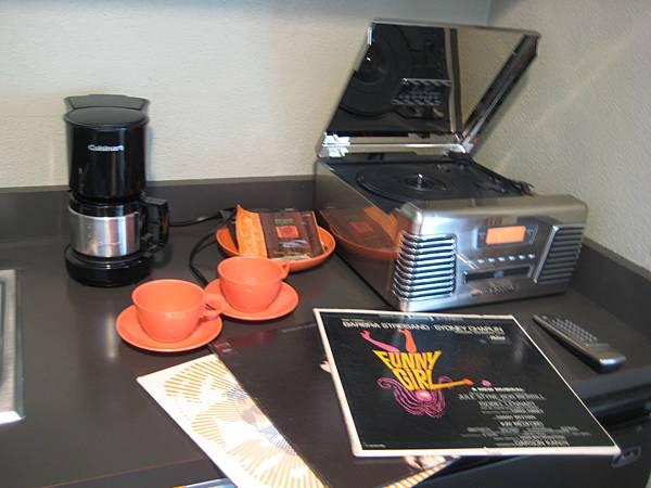 黑膠唱片機!