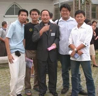 2003年老爹鳳山教會就任