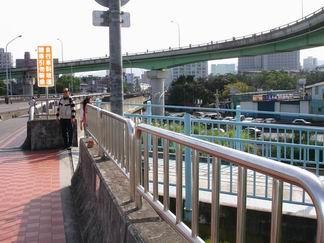 秀朗橋新店端引道-1