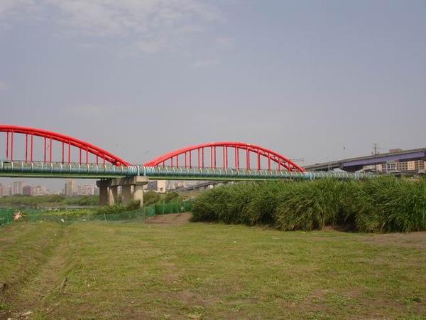 永福橋接近中