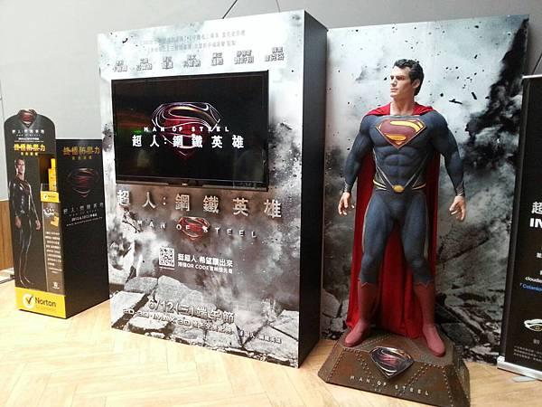 superman002.jpg