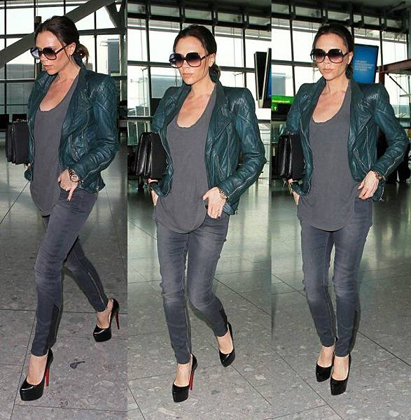 pregnant-victoria-beckham-on-airport
