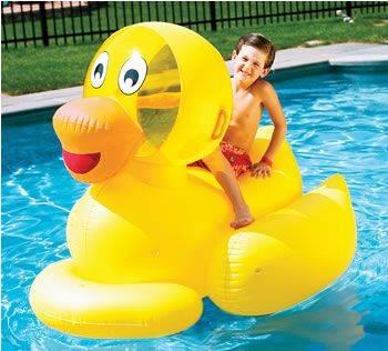 NT267-Giant-Ducky-Float