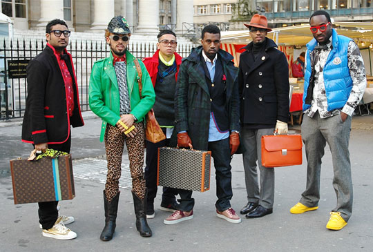 kanye-west-entourage-fashion-week-paris