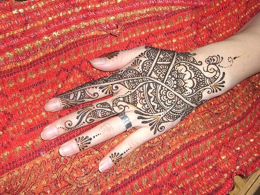 Kaori henna tattoo on hand