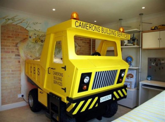 Yellow-Mining-Truck-Themed-Bed-for-Boys-540x400