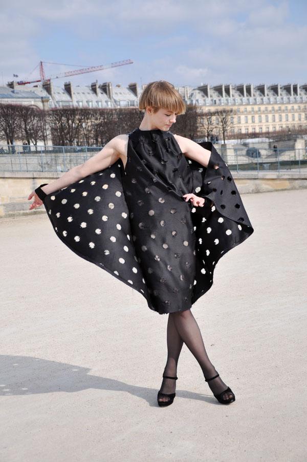 paris-fwaw2011-vika-gazinskaya2