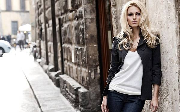 Street-Fashion-Girl-Blond.jpg