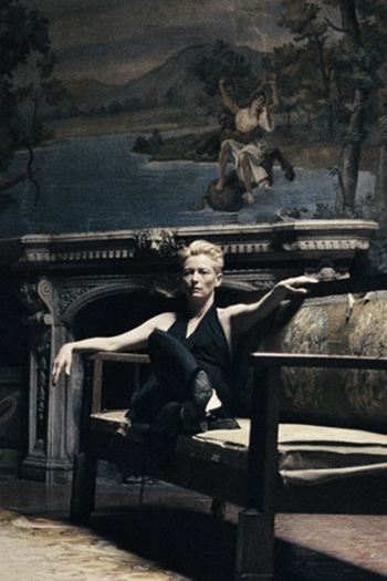 tilda_swinton_pour_pomellato_2752_north_320x480_thumb[1].jpg